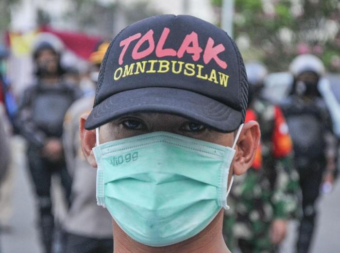 Buruh Tancap Gas Mogok Nasional Mulai Hari Ini