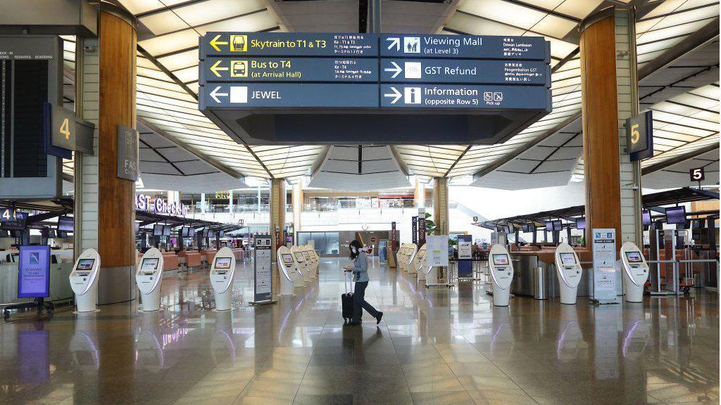 Meski Terbaik di Dunia, Bandara Changi Kini Hadapi Masa-masa Mengerikan