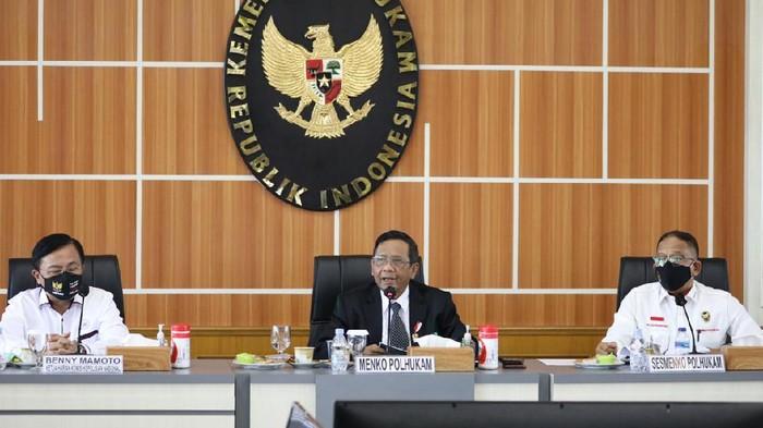 Mahfud Pimpin Rapat TGPF Penambakan di Papua