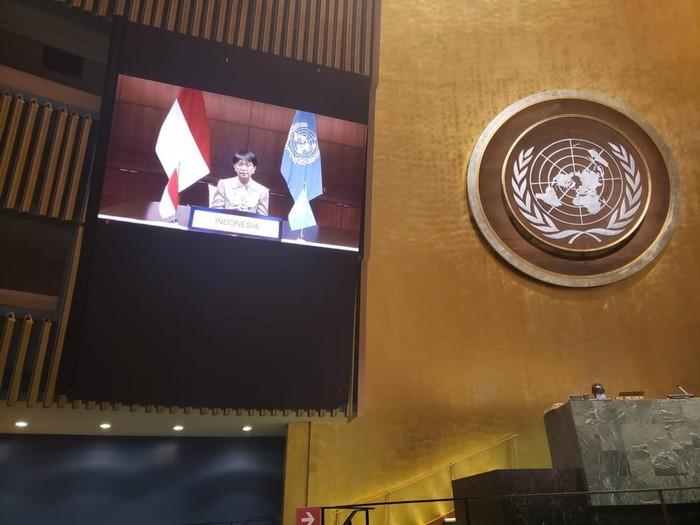 Menlu Retno Marsudi  dalam Pertemuan Tingkat Tinggi Peringatan dan Promosi Hari Internasional Penghapusan Total Senjata Nuklir. Acara ini merupakan bagian dari rangkaian Pertemuan Tingkat Tinggi Sidang Majelis Umum (SMU) PBB ke-75 yang berlangsung sejak tanggal 21 September 2020.
