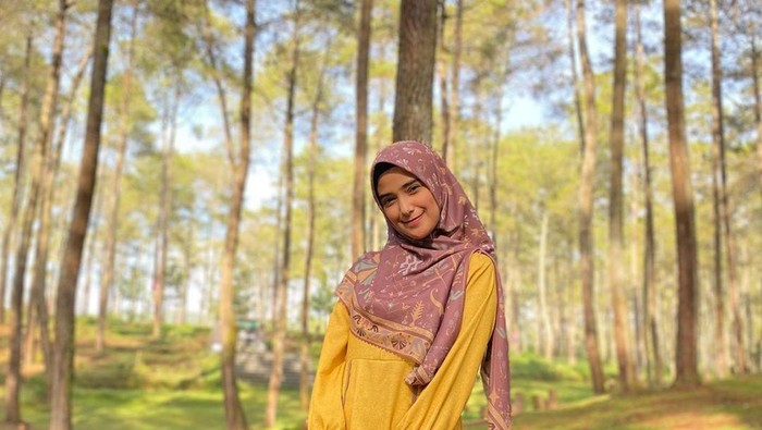 Nadya Mustika