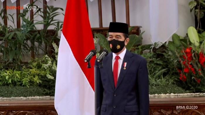 Presiden Joko Widodo menjadi inspektur upacara HUT TNI ke-75 di Istana Negara pada 5 Oktober 2020