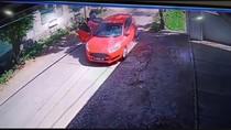 Detik-detik Mobil Merah Terbakar di Kudus Terekam CCTV