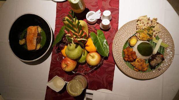 Makan malam untuk tamu di Hotel Ayana Midplaza diantar ke kamar