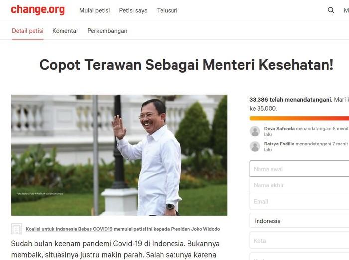 Gelombang protes masyarakat untuk mendesak Presiden RI Joko Widodo (Jokowi) mencopot Menteri Kesehatan (Menkes) Terawan Agus Putranto dari jabatannya makin tak terbendung.
