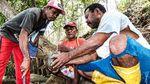 Merawat Tradisi Kapak Batu untuk Mas Kawin di Tanah Papua