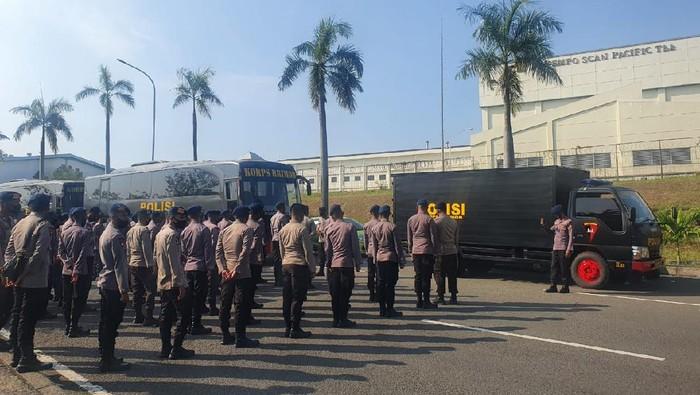 Pengamanan unjuk rasa di kawasan Ejip-Jababeka Bekasi