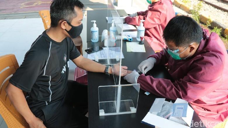 Rapid test di stasiun Kiaracondong