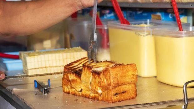 5 Varian Roti Bakar Kekinian, Toast Korea hingga Isi Pastry