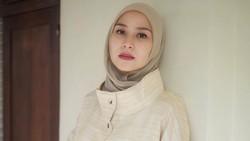 Zaskia Adya Mecca Kritik Cara Bangunkan Sahur Via Toa Masjid