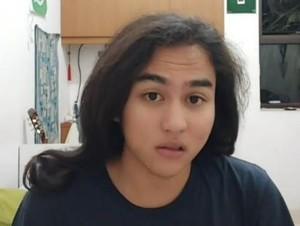 Viral Sosok Pria Indonesia Berparas Cantik, Bikin Cewek-cewek Minder