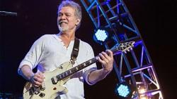 Soal Kanker, Mendiang Eddie Van Halen Salahkan Pick Gitar