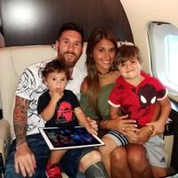 Lionel Messi diketahui sudah berkali-kali memakai pesawat jet pribadi ini selama beberapa tahun terakhir. Sejauh ini, pesawat Gulfstream V Jet sehaarga Rp 228 Miliar tersebut masih setia bersama Messi. (dok. Istimewa)