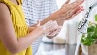 7 Cara Mencuci Tangan yang Benar Menurut WHO dan Kapan Harus Melakukannya