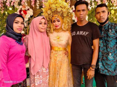 Kisah haru Pasangan Momon Tanjung dan Suharman