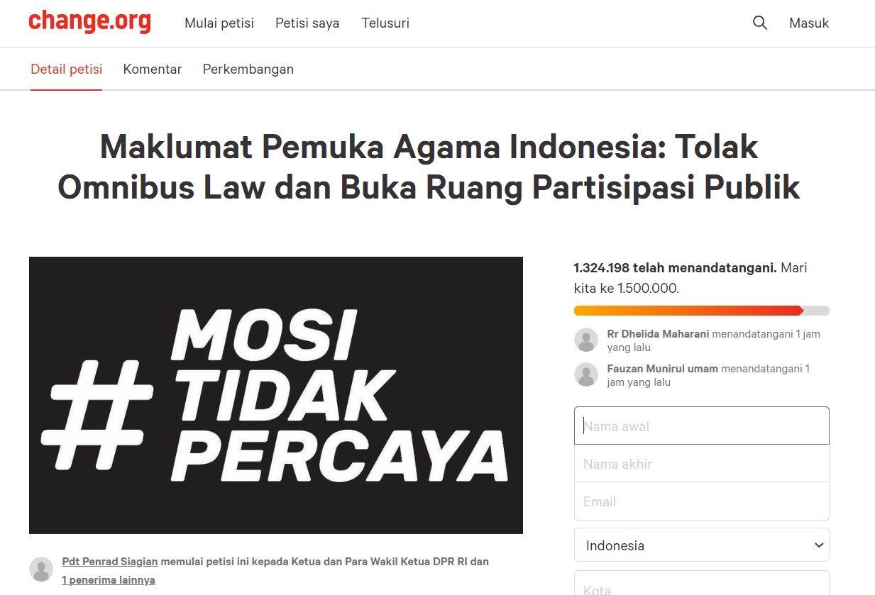 Petisi online gugat omnibus law dari pemuka agama Indonesia tembus 1,3 juta orang.