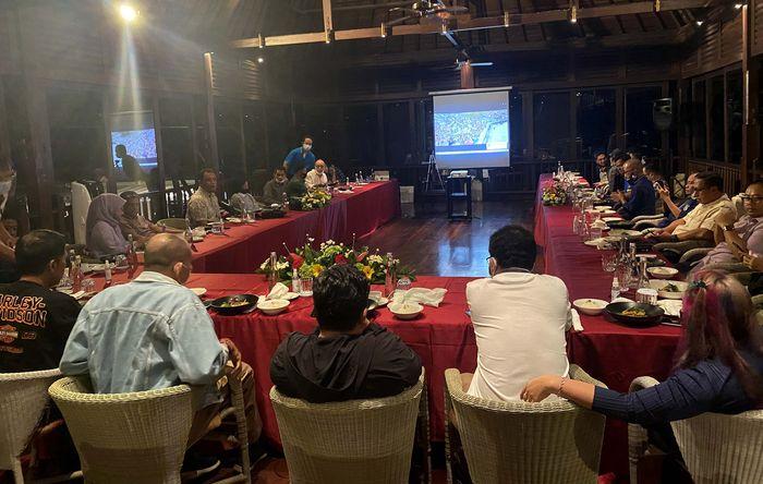Silaturahmi Ketua Umum PP IMI, Sadikin Ikin Aksa nyaris dihadiri seluruh IMI Provinsi Se-Indonesia di Denpasar Bali. Ia pun kembali didukung 28 Pengprov untuk kembali memimpin IMI.