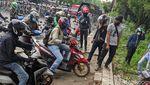 Ada Demo Pemotor Balik Arah di Tangerang