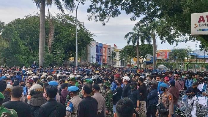 Demo di DPRD Riau (Chaidir-detikcom)