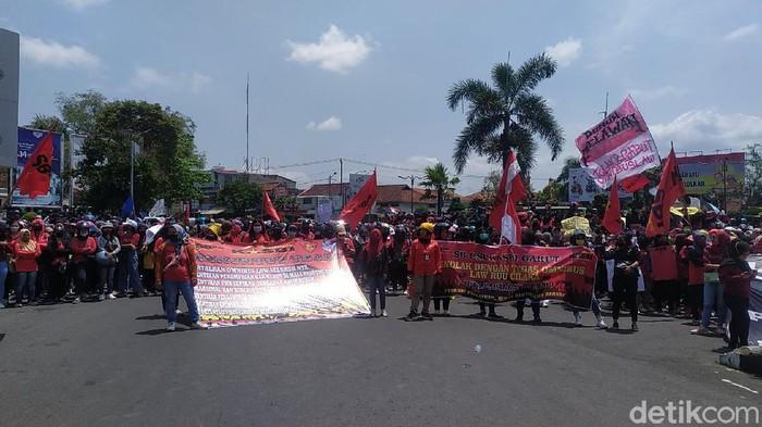 Demonstran Garut