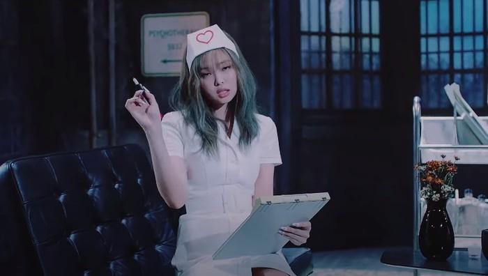 Jennie Blackpink Jadi Perawat di MV Lovesick Girls