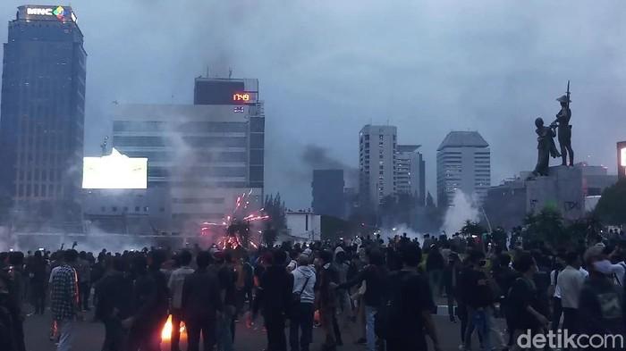 Massa Demo di Tugu Tani Jakpus