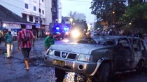 Mobil Dinas Polisi Dibakar Sekelompok Massa di Medan