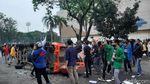 Sempat Ricuh, Demo di Palembang Berujung Damai