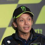Valentino Rossi Balapan Mobil Akhir Pekan Ini