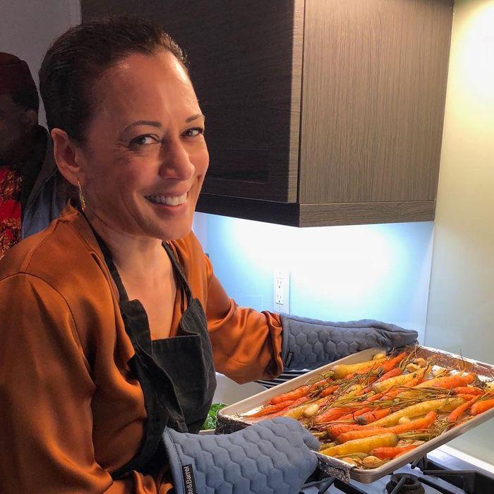 Kamala Harris, Cawapres Amerika Serikat yang Hobi Masak di Rumah