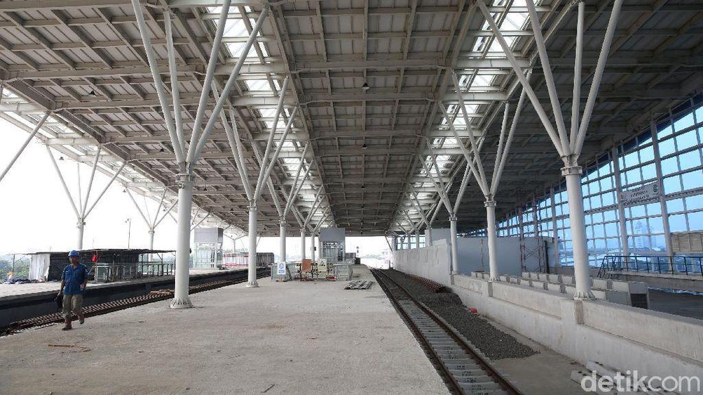 Stasiun Manggarai Batal Gantikan Gambir Tahun Ini