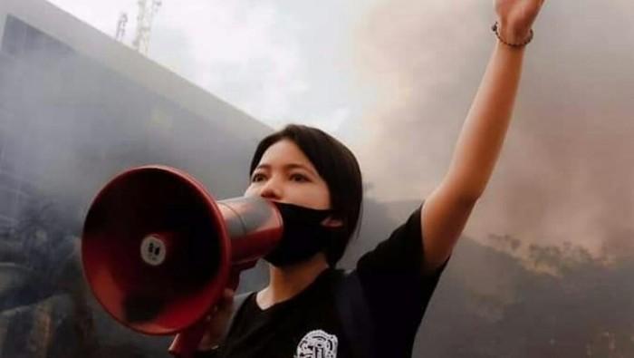 Sasa, mahasiswa Unhas yang viral karena orasi ganti Pancasila