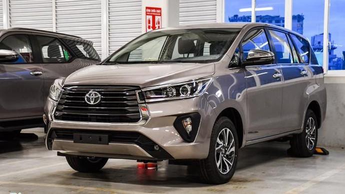 Toyota Innova facelift 2021