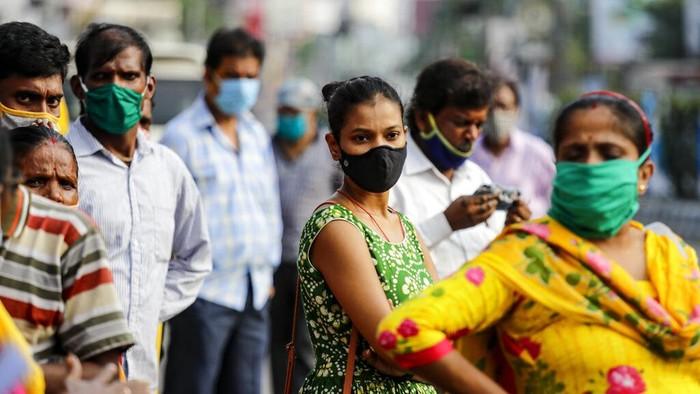Otoritas India melaporkan lebih dari 73 ribu kasus virus Corona dalam sehari di wilayahnya. Total kasus Corona di India semakin mendekati angka 7 juta kasus.
