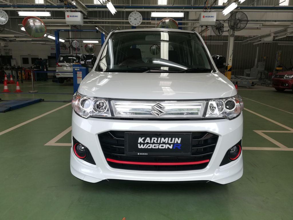 Karimun Wagon R 50th Anniversary Edition hanya diproduksi 50 unit. Pembeli mendapat sertifikat khusus.