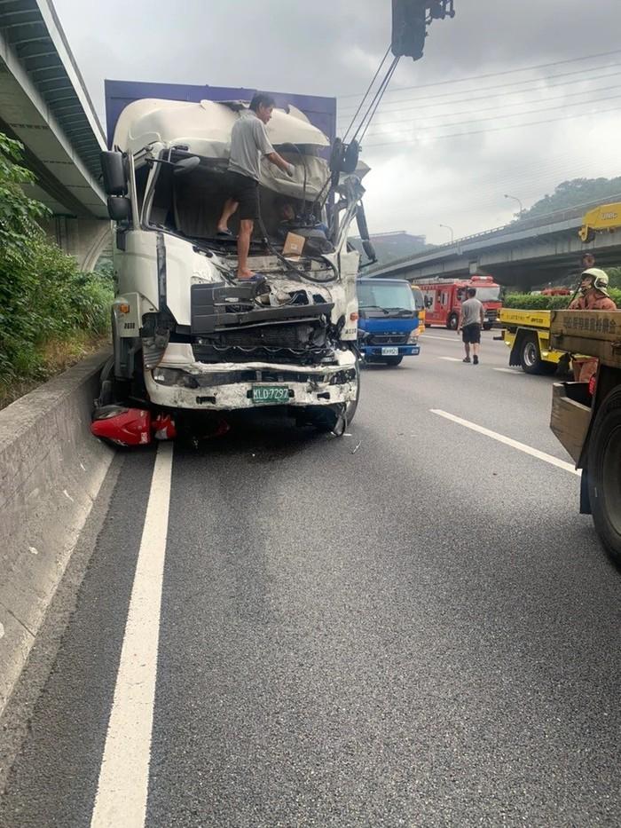 Motor Masuk Tol Berujung Kecelakaan