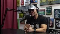 Deddy Corbuzier Nyinyir pada Peramal yang Sebut Jokowi Bakal Lengser