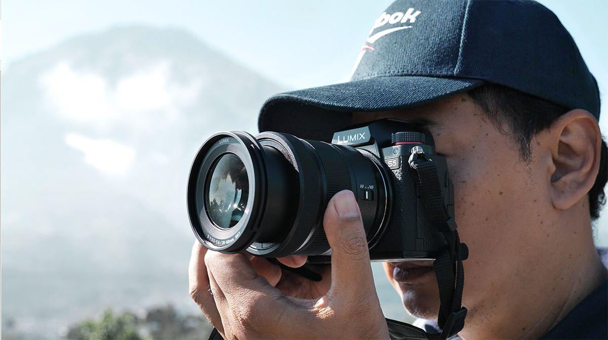 Panasonic Lumix S5 Kamera Hybrid Untuk Kreator