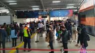 DKI Kembali PSBB Transisi, Begini Suasana Penumpang KRL di Stasiun Bogor