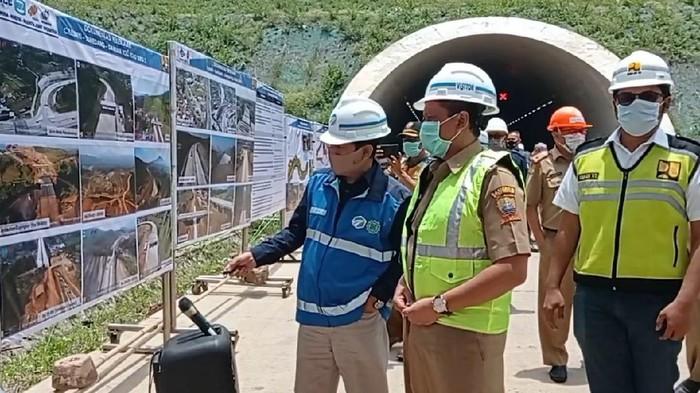 Bupati Sumedang meminta nama gerbang tol diganti sesuai kecamatan