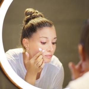 Urutan Skincare Pagi dan Malam yang Tepat Untuk Menjaga Kecantikan Kulit