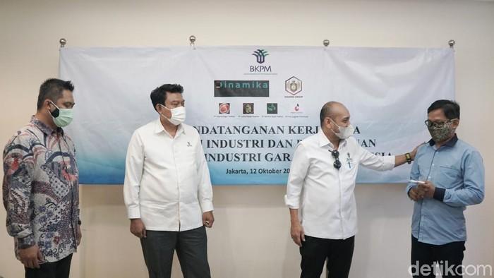 Kerjasama investasi industri gula dan garam digelar di Jakarta. Target produksi gula 1,5 juta MT per tahun, sedangkan untuk produksi garam adalah 2,2 juta MT per tahun.