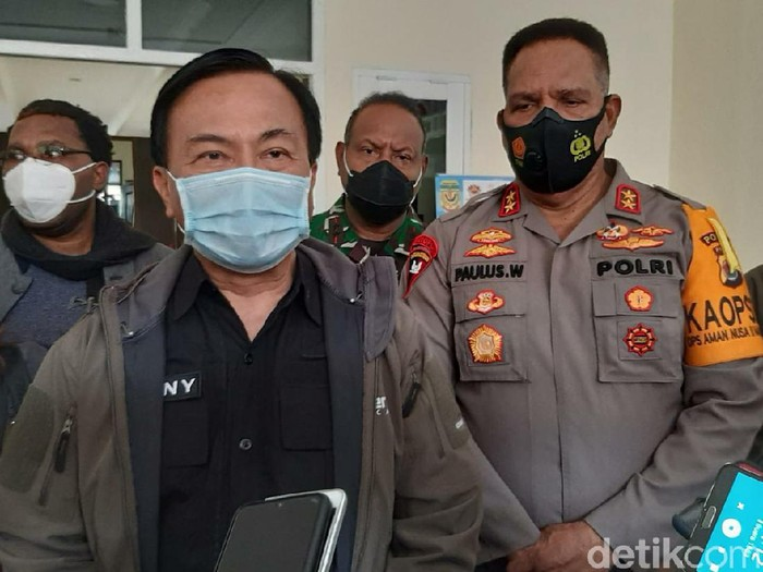 Ketua Tim Gabungan Pencari Fakta Benny Josua Mamoto (Saiman/detikcom)