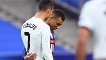 Cristiano Ronaldo Masih Positif, Berapa Lama Virus Corona Bisa Bertahan?