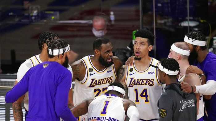 Los Angeles Lakers LeBron James (23) talks to his teammates during the second half in Game 6 of basketballs NBA Finals against the Miami Heat Sunday, Oct. 11, 2020, in Lake Buena Vista, Fla. (AP Photo/Mark J. Terrill)
