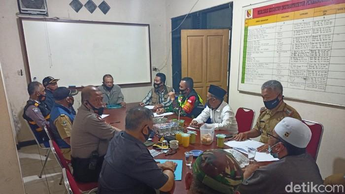 Mediasi antara Ponpes Nurul Ain dan ahli waris.