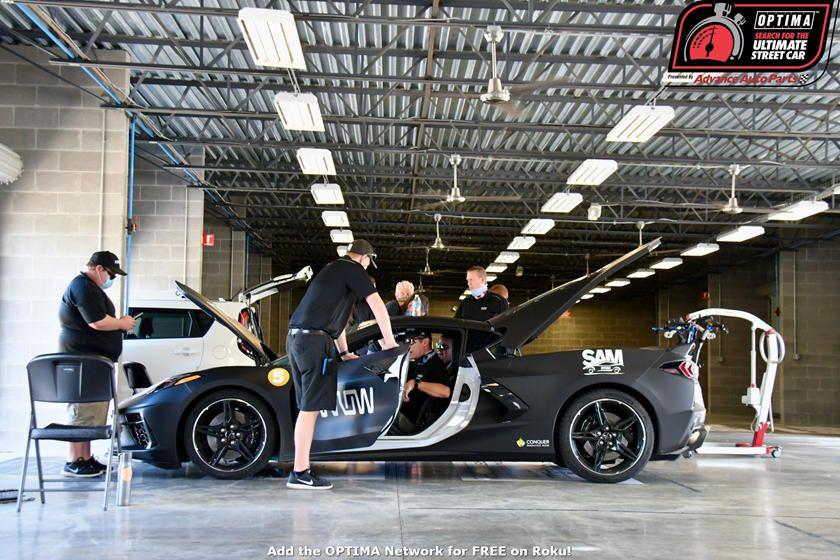 Mobil Balap Sensor wajah Pada Corvette C8