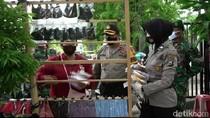 Masker Scuba dari Pedagang di Probolinggo Ditarik, Tapi Diganti dengan Kain