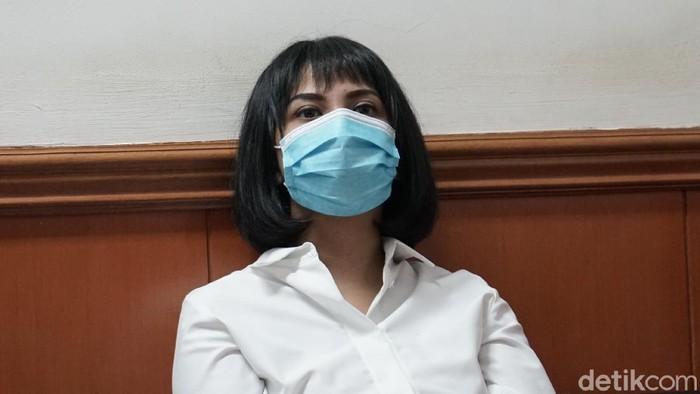 Vanessa Angel dan Bibi saat ditemui di PN Jakarta Selatan.