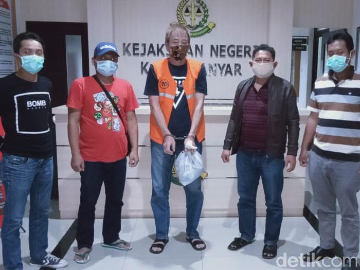 Buron penyalur TKI ilegal di Karanganyar ditangkap di Malang, Selasa (13/10/2020).